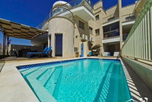 Luxury Apartment By The Sea Eilat